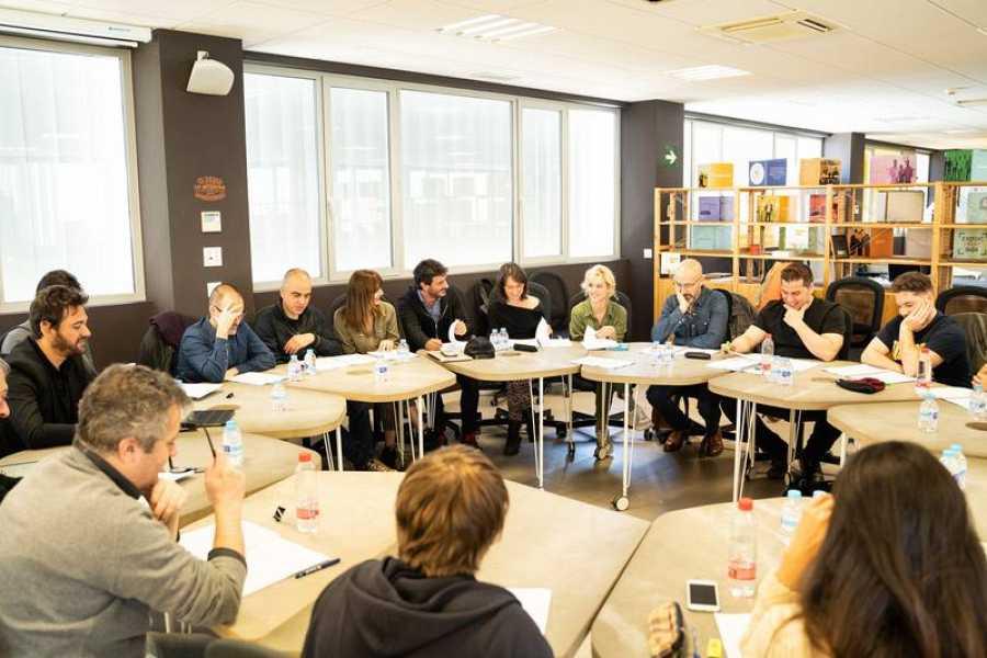 El equipo de 'Malaka' en la lectura de guión