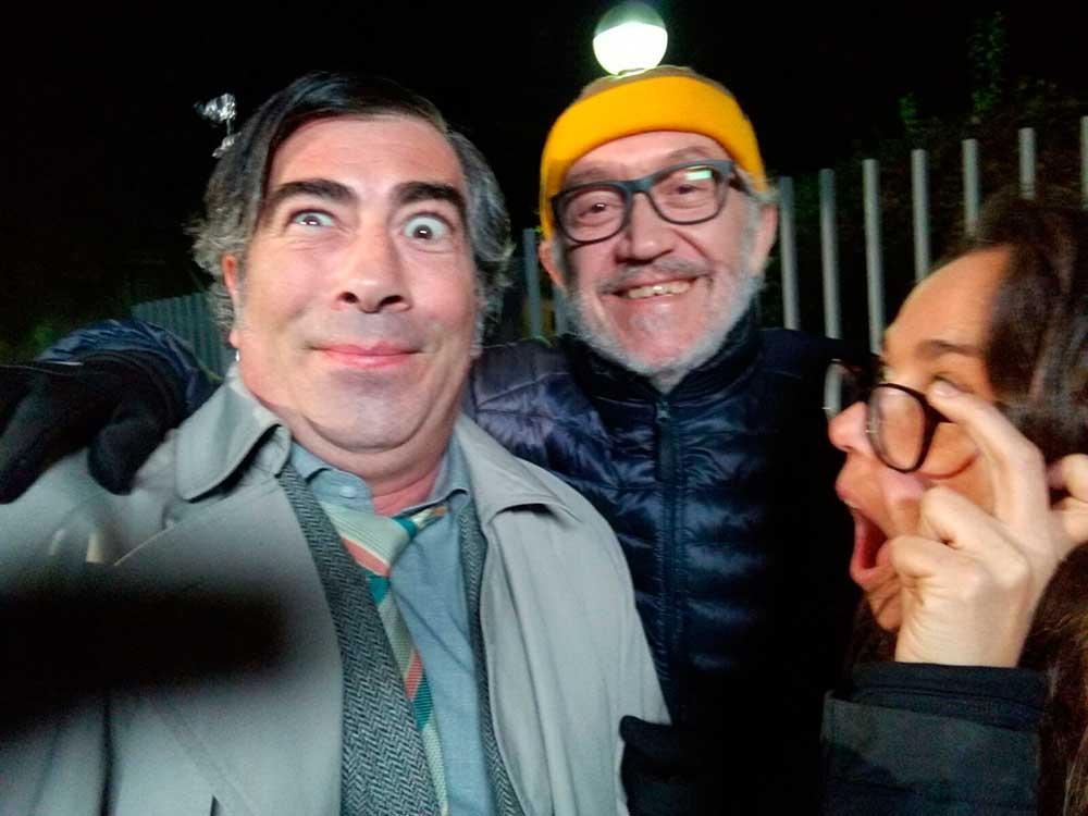 Agustín Jiménez junto al director Emilio Martínez Lázaro en el rodaje de MiAmor Perdido