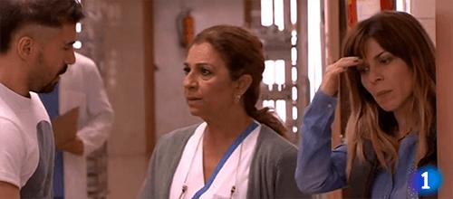 Escena del capítulo de Centro Médico con nuestra actriz Mara Guil